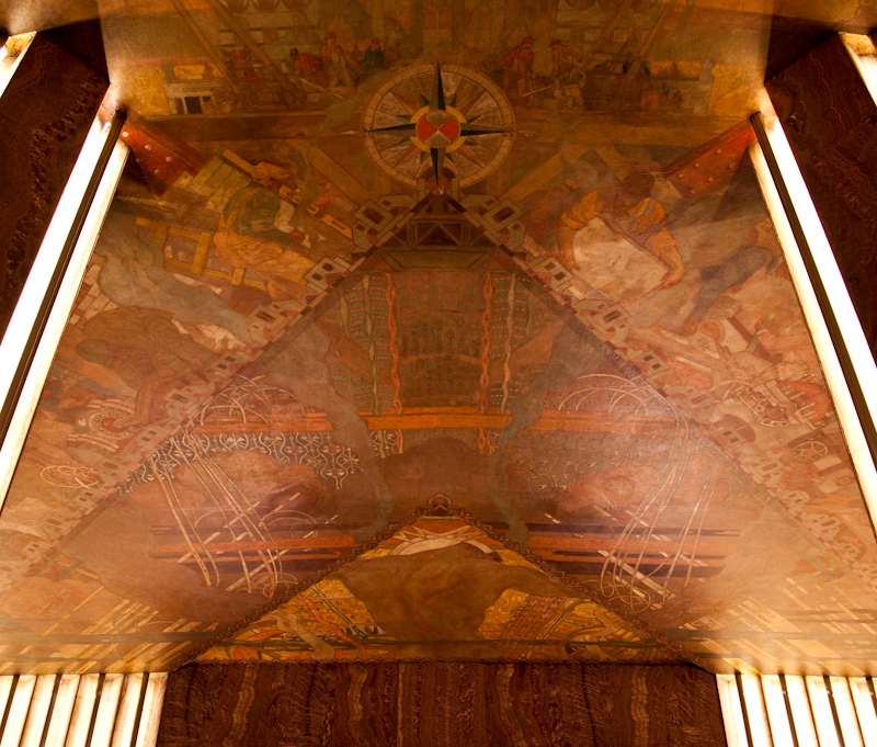 Ceiling mural with Deco triangles at the Chrysler Building    Source:   James Maher Photography